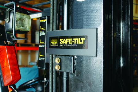 Safe-Tilt Fork Angle Indicator